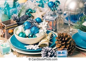 Christmas xmas eve table board setting - Festive table. ...