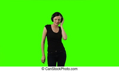 Woman dacing to music - Chroma-Key Woman dacing to music