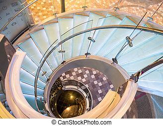 chrome, verre, escalier spirale