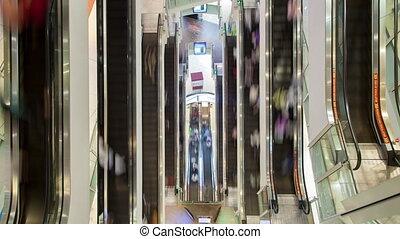 chronocinématographie, achats, escalator, gens, jeûne, centre commercial, en mouvement, au-dessus, vue