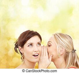 chuchotement, commérage, sourire, deux femmes