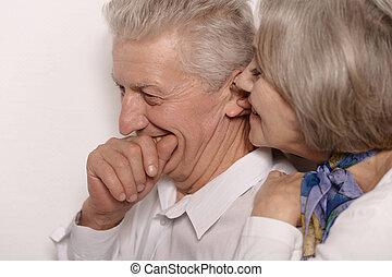 chuchotement, couple, personnes agées