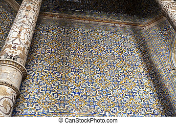 The Church of the Dominicas has a rare octagonal layout and its interior walls entirely covered by coloured tiles from the 17th century.
