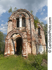 Church Panteleimon Church. Lykoshino, Tver region. The Church was built in 1878 on the original design of the famous Russian architect Konstantin Ton brothers Panaeva of brick in Russian-Byzantine sty