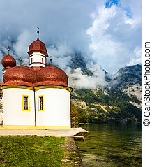 Church St Bartholomew on the shore of lake K?nigssee