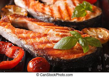 churrasqueira, macro., legumes, salmão, horizontais, bife