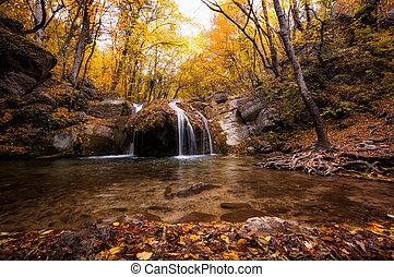 chute eau, canyon, khapkhalskiy