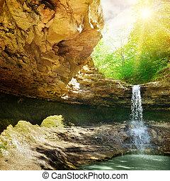 chute eau, dans, les, montagne