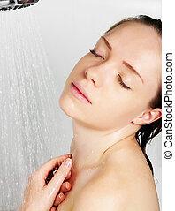 chuveiro, mulher