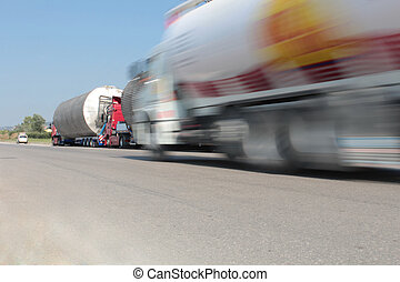 ciężki, przewóz, ciężarówki