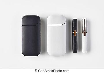ciao-tecnologia, spazio, nuovo, su, tabacco, argento, bianco, system., batterie, generazione, chiudere, white., nero, copia, elettronico, sigarette, isolato, riscaldamento