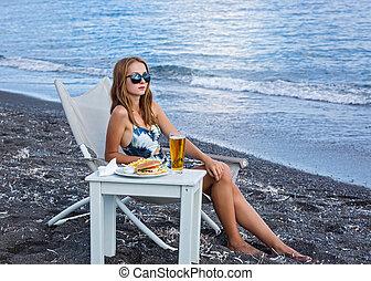 cibo, spiaggia, digiuno