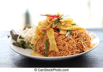 cibo, tailandese, fritto, croccante, tagliatelle