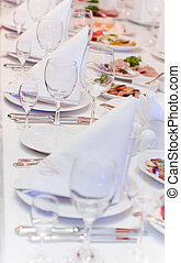 cibo, tavola, organizzato