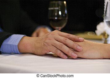 cicatrizarse, compañero, amante, entregue, tabla, en, lujo, restaurante