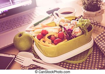 cicatrizarse, el, verde, fiambrero, en, lugar de trabajo, de, trabajando, escritorio, comida, limpio, alimento, hábitos, para, dieta, y, asistencia médica, concepto
