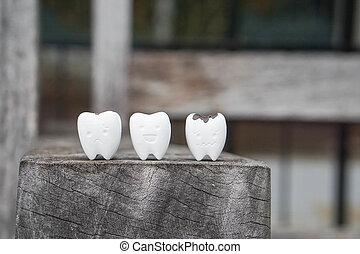 cicatrizarse, icono, de, decaído, diente, y, sano, diente