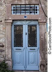 cicatrizarse, vista, de, viejo, oxidado, puerta azul, y, pared de piedra, de, histori