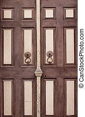 cicatrizarse, vista, de, viejo, puerta de madera, en, cunda, (alibey), island.