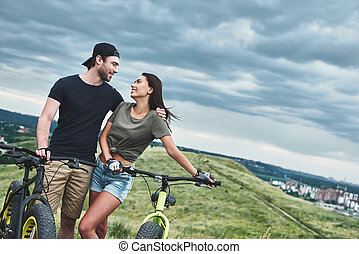 ciclismo, olhar, outro., eles, cada, romanticos