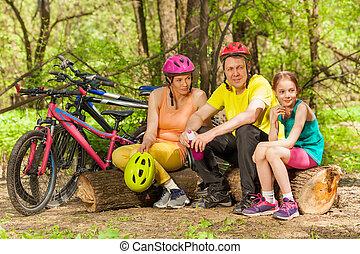 ciclismo, sporty, família, após, madeira, refrescar