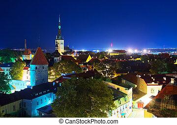 cidade, antigas, estónia, panorama, tallinn, noturna