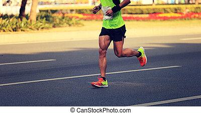 cidade, corredor, executando, maratona, condicão física, macho, estrada