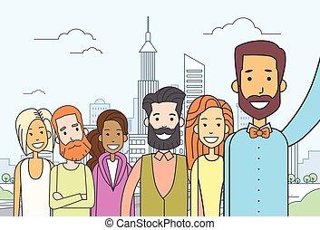 cidade, grupo, pessoas, foto, levando, diverso, selfie, vista