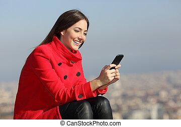 cidade, mulher, inverno, texting, telefone, fundo, esperto