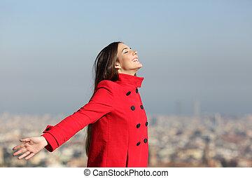 cidade, mulher, respirar, feliz
