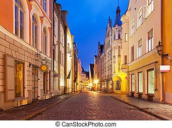 cidade, noite, antigas, estónia, tallinn, rua