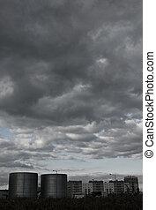 cidade, sobre, nuvens, tempestade