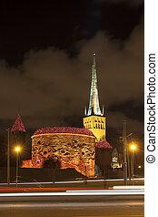 cidade, tallinn, antigas, iluminado, estónia