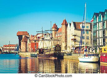 cidade velha, waterfront, sobre, motlawa, gdansk