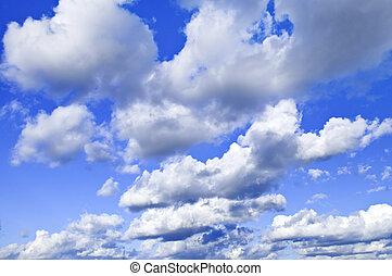 ciel bleu, à, nuages blancs