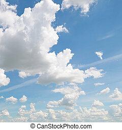 ciel bleu, nuages, pelucheux
