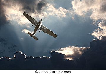 ciel orageux, contre, avion, petit, fixe, aile