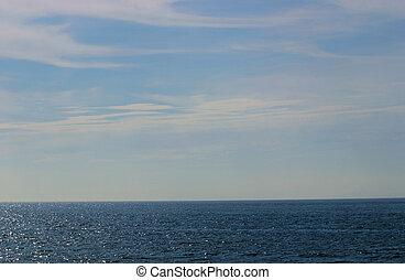 cieli blu, sopra, mare