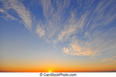 cielo azul, amanecer, nubes