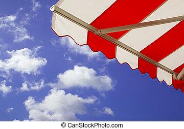 cielo azul, encima, soleado, brillante, toldo