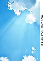 cielo azul, luz del sol
