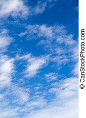cielo azul, nubes