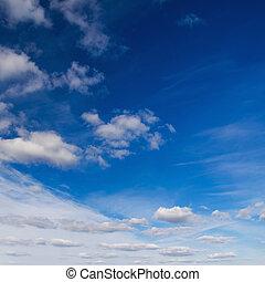cielo blu, fondo.