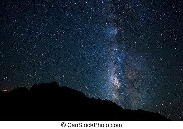 cielo de la noche, brillante, estrellas, y, vía láctea,...