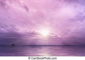 cielo nublado, con, sol, encima, el, océano