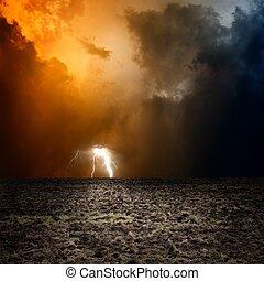 ciemny, orny, niebo pole
