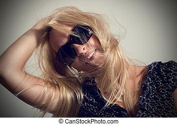 ciemny, portret, kobieta, okulary
