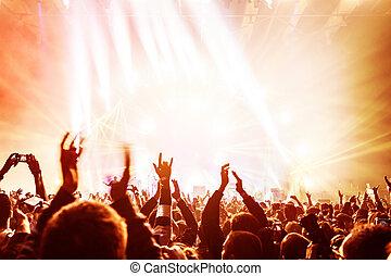 cieszący się, koncert, tłum