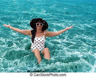cieszący się, ocean