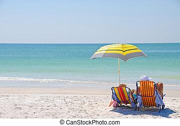cieszący się, plaża, dzień